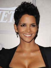 Halle wore her short layers in a tousled 'do for the Power of Women soiree.