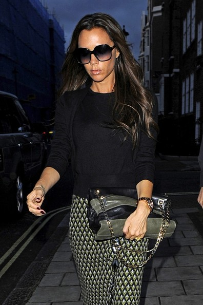 Victoria Beckham Goes Shopping