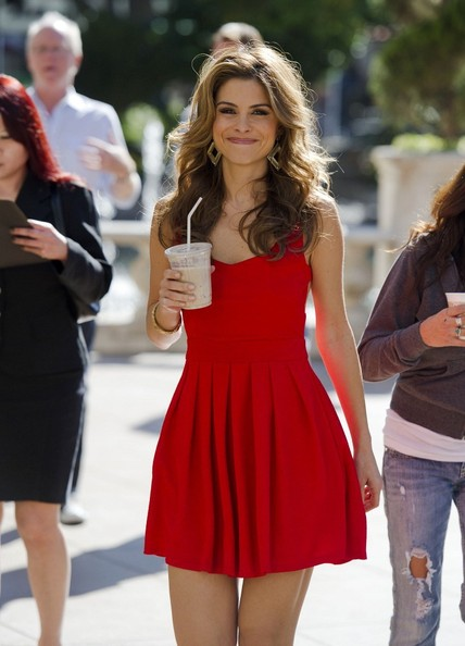 More Pics of Maria Menounos Day Dress (1 of 3) - Maria Menounos Lookbook - StyleBistro