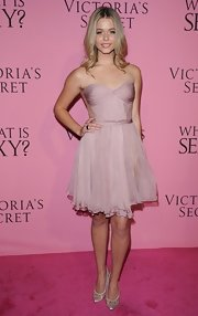 Sasha Pieterse donned this soft petal pink chiffon dress at the Victoria's Secret party.