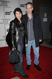 Patty Smyth exuded an edgy vibe in her black leather coat and jeans.