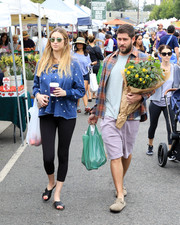 Whitney Port kept it relaxed all the way down to her cross-strap slides.