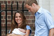 Prince William, Duke of Cambridge and Catherine, Duchess of Cambridge leave the Lindo Wing of St. Mary's Hhospital following the birth of their son.