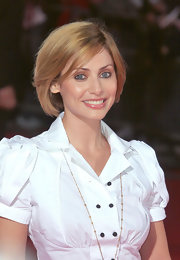 Natalie Imbruglia wore a classic bob in a strawberry blonde hue when she attended the World Music Awards.