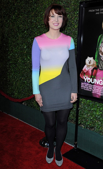 Diablo Cody's gray suede pumps added oomph to her black opaque tights.
