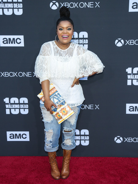 Yvette Nicole Brown Loose Blouse