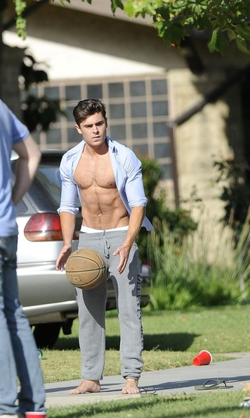 Zac Efron Clothes