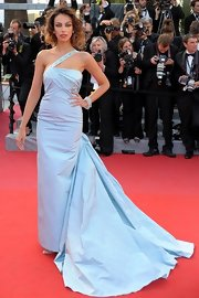 Madalina Ghenea looked fabulous in a long evening gown at the premiere of 'Lawless.'