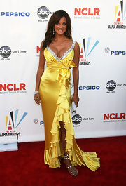 Eva la Rue achieved a show-stopping look with a ruffled evening dress and strappy evening sandals at the 2009 ALMA Awards.