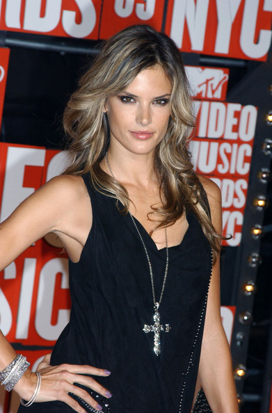 More Pics of Alessandra Ambrosio Cross Pendant (1 of 2) - Alessandra Ambrosio Lookbook - StyleBistro