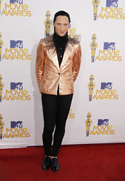 Johnny Weir showed off a metallic blazer while walking the red carpet at the MTV Movie Awards.
