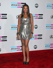 Jennifer Hudson topped off her metallic look with glittering platform pumps.