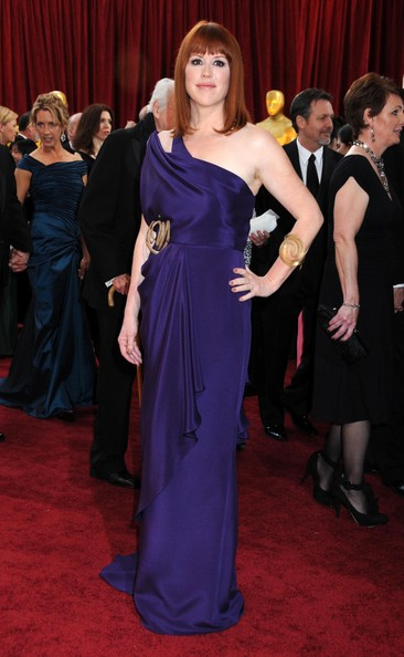 Molly Ringwald attended the Academy Awards looking regal in a purple one-shoulder gown.