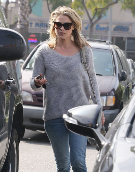 More Pics of Ali Larter Crewneck Sweater (1 of 21) - Ali Larter Lookbook - StyleBistro