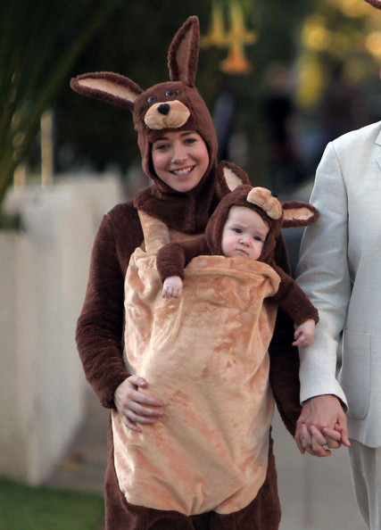 Alyson Hannigan and Baby (2009)