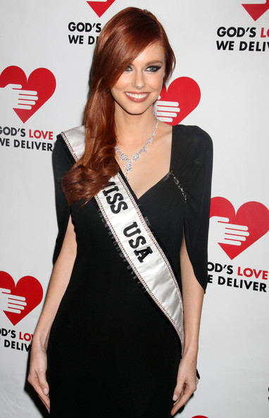 Alyssa Campanella Side Sweep
