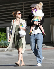 Amy Adams had a fun day with her family in casual nude ballet flats.