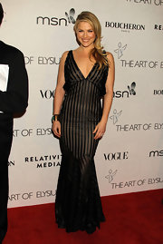 Ali Larter donned an amazing evening dress while hitting a black tie gala in LA.