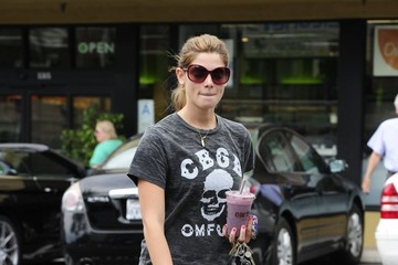 Found: Ashley Greene's CBGB Skull Tee