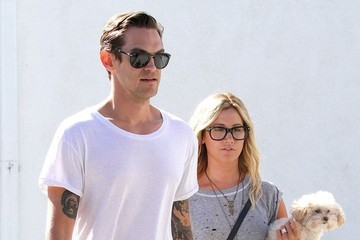 Ashley Tisdale Christopher French Newly Weds Ashley Tisdale & Christopher French Spend The Day Shopping