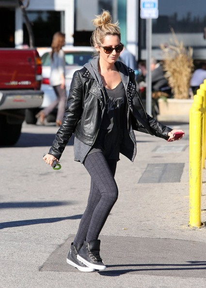 More Pics of Ashley Tisdale Leather Sneakers (3 of 15) - Leather Sneakers Lookbook - StyleBistro