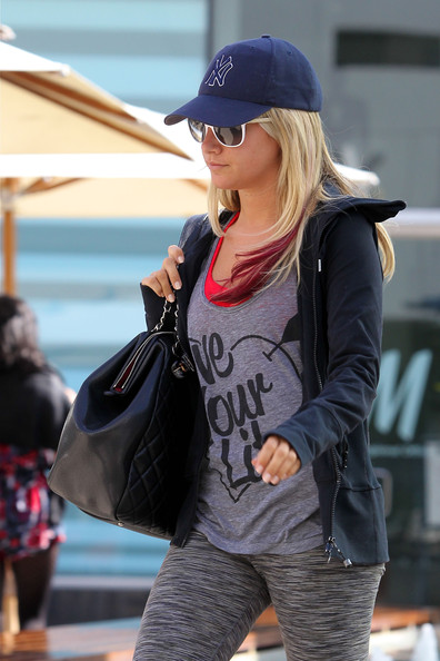 More Pics of Ashley Tisdale Running Shoes (3 of 8) - Running Shoes Lookbook - StyleBistro