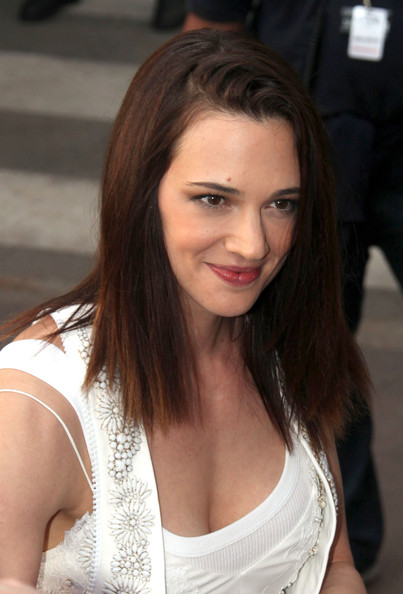 Asia Argento Medium Straight Cut
