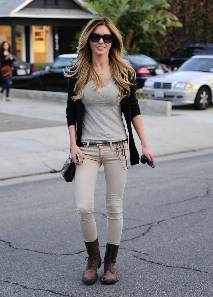 Audrina Patridge Is All Smiles in West Hollywood