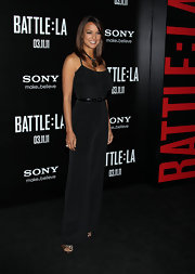 Eva la Rue looked sexy and statuesque in this sophisticated black jumpsuit at the 'Battle: LA' premiere.