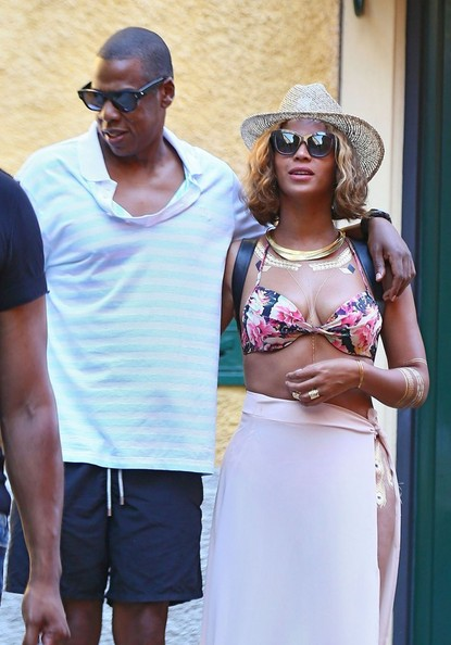 06c2bc35fd6 More Pics of Beyonce Knowles Straw Hat (30 of 44) - Casual Hats Lookbook -  StyleBistro