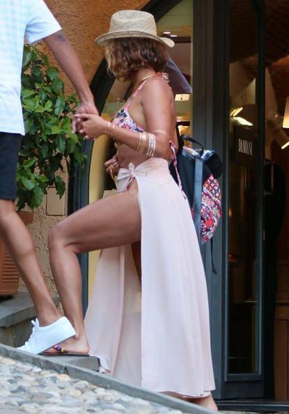 22635309d1a More Pics of Beyonce Knowles Cover-up (39 of 44) - Swimwear Lookbook ...