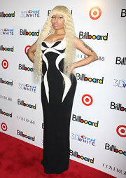 Nicki Minaj made a statement on the red carpet in a black-and-white evening dress with a long blond 'do.