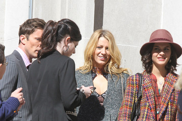 Blake Lively Michelle Trachtenberg 'Gossip Girl' Films Scenes In NYC