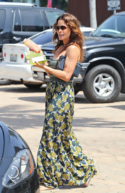 Brooke Burke's green maxi-dress certainly got us in the mood for summer.