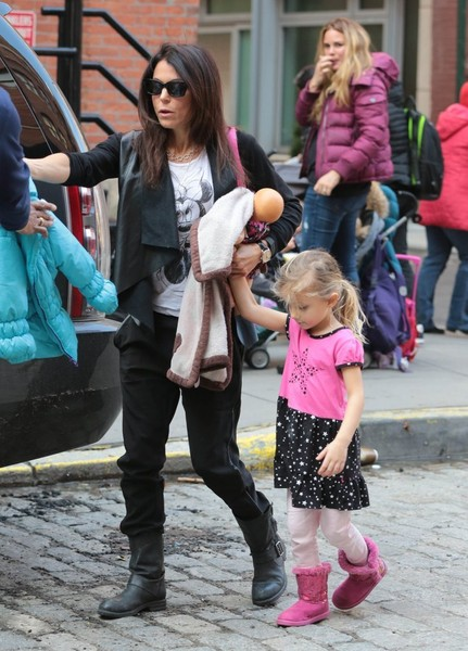 Bethenny Frankel Out with Her Daughter