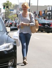 Cameron Diaz chose a gray sweater to wear while out on a shopping trip in Hollywood.