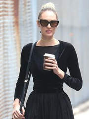 Candice Swanepoel looked retro-glam in her Sunday Somewhere cateye sunnies while strolling in New York City.