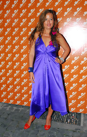 Jade Jagger chose a royally colored dress for this event!