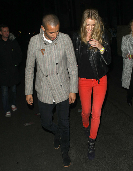 More Pics of Rosie Huntington-Whiteley Ankle Boots (1 of 6) - Rosie Huntington-Whiteley Lookbook - StyleBistro