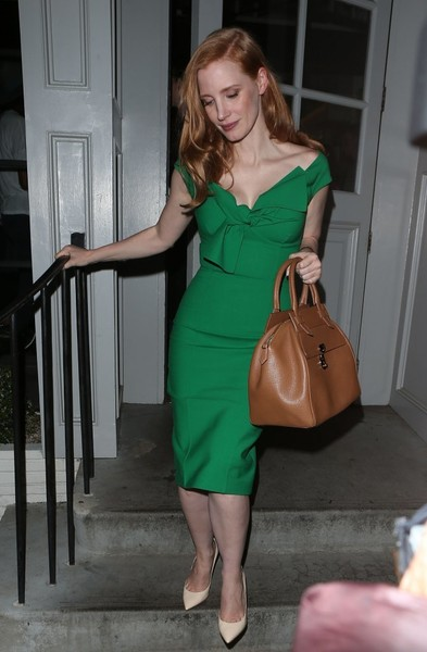 More Pics of Jessica Chastain Off-the-Shoulder Dress (1 of 10) - Dresses & Skirts Lookbook - StyleBistro