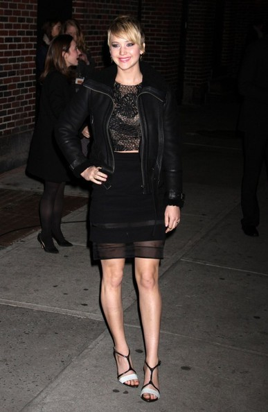 More Pics of Jennifer Lawrence Leather Jacket (4 of 32) - Jennifer Lawrence Lookbook - StyleBistro