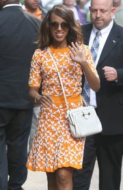 Kerry Washington kept it classic with a pair of aviators while headed to the 'Good Morning America' studios.