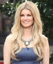 Marisa Miller's long beachy waves were full, voluminous, and totally envy-worthy.