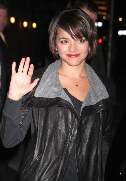 More Pics of Norah Jones Bob (4 of 4) - Short Hairstyles Lookbook ...