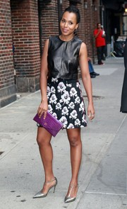 Kerry Washington arrived for her 'Late Show with Stephen Colbert' appearance wearing a black leather crop-top by Ji Oh.