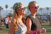 Nicky Hilton and Paris Hilton Photo