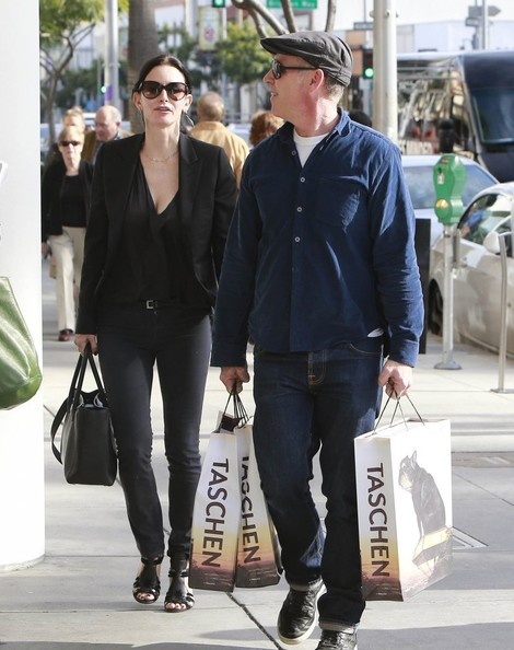 Courteney Cox Shops In Beverly Hills With A Mystery Man