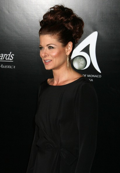Debra Messing Jewelry