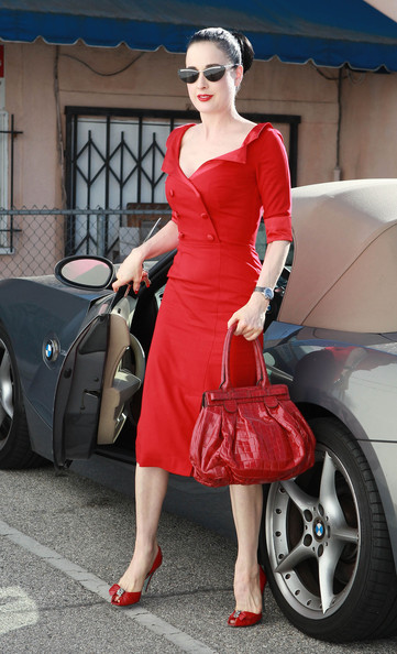 More Pics of Dita Von Teese Ponytail (3 of 21) - Dita Von Teese Lookbook - StyleBistro