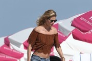 Doutzen Kroes Off-the-Shoulder Top